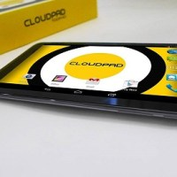 CloudFone introduces the CloudPad 700FHD