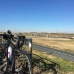 荒川サイクリングロードで高強度トレーニング