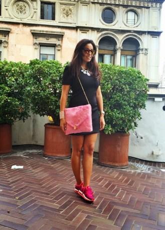 Outfit #mfw con una bella borsa pelosa