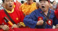<p><strong>Las lágrimas del delantero norcoreano Jong Tae-Se al escuchar el himno provocan elogios entre los chinos<br /> </strong></p> <p>De todos los equipos que participan en este Mundial de Fútbol de Sudáfrica, probablemente el equipo al que se le tiene más cariño en China es a Corea del Norte. Su Comunismo, humildad, pobreza, componente asiático, frontera con China y la Guerra conjunta contra EE.UU. entre 1950 y 1953 le han convertido en una especie de hermano. Ya que China no participa en este Mundial, muchos van con Corea del Norte. </p>