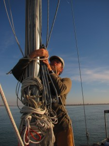 Stowing Mast Rigging