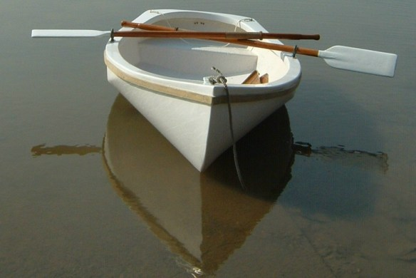 7' fiberglass rowing dinghy