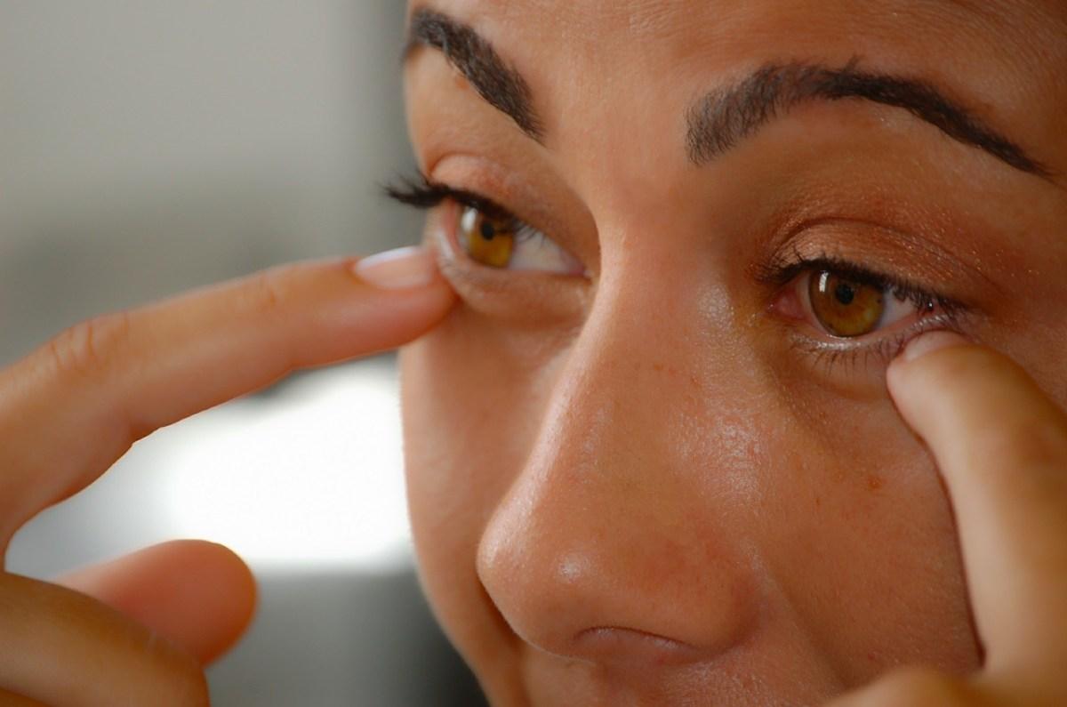 Jak se zbavit tmavých kruhů pod očima