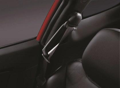 Hyundai Veloster - 128 SeatBelt Ex