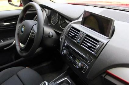 BMW 1-Series (2012) - 34