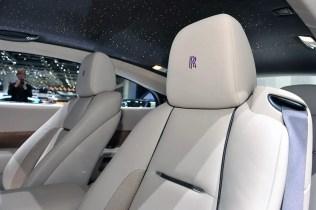 Rolls Royce Wraith (2013) - 39