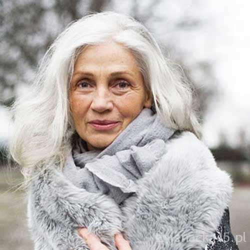 fryzura-dla-kobiety-po-50-tce-8c