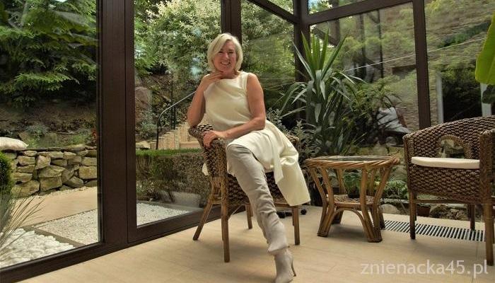 Zdjęcie Dnia #7 czyli biała sukienka na osiemdziesiąte urodziny