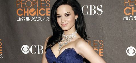 File photo of Singer Demi Lovato arriving at the 2010 People's Choice Awards in Los Angeles