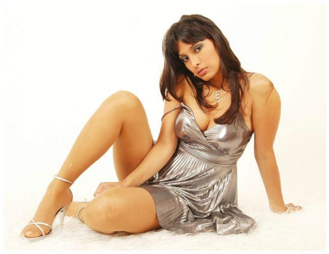 Marisela Puicon escena Hot en Dias de Santiago