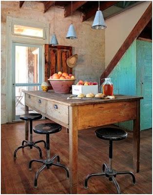 stół-stary-wiejski