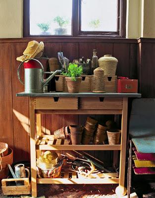 shed-table-1108-de
