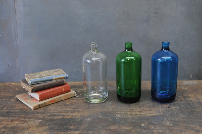 1410_coloredbottlesvintageheavyglass-001