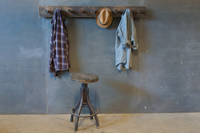 907_1441speeltz-primitive-coatrack-wall-rack2