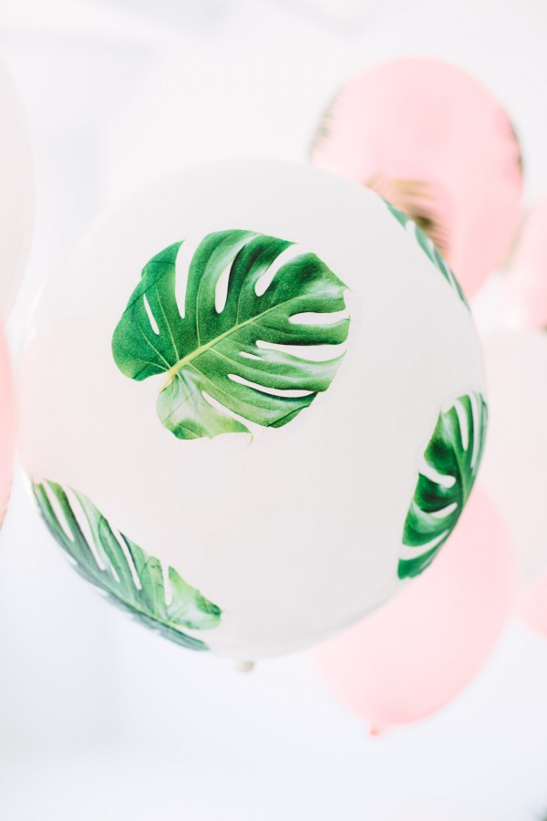 DIY-Palm-Leaf-Balloons1-600x900