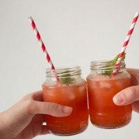 strawberry basil gin tonic