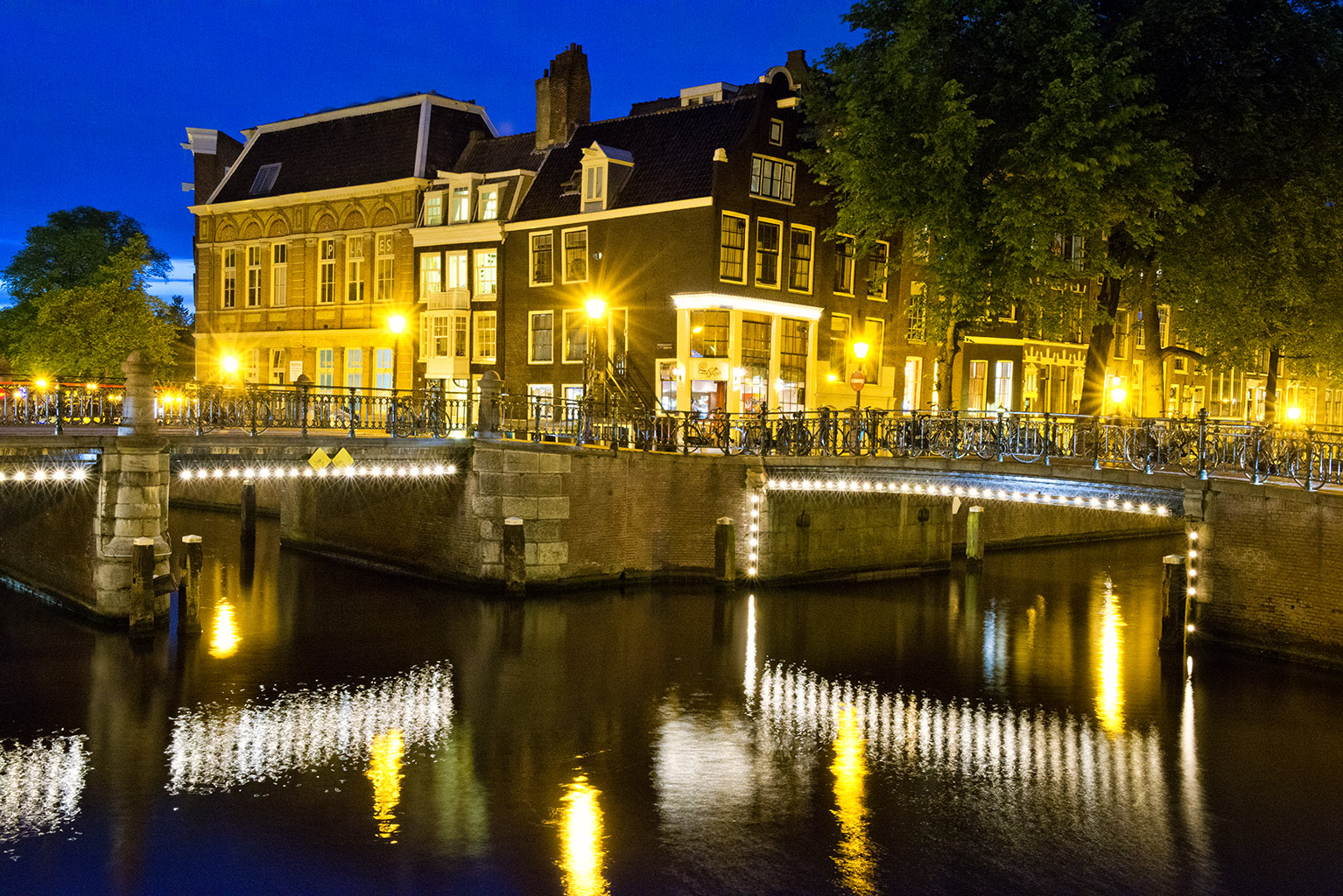 Amsterdam By Night Zy Co Design Photo