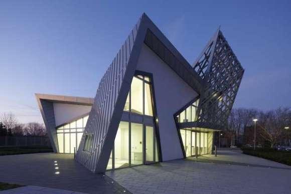 Villa Libeskind prototype exterior at night 1 - (c) Frank Marburger