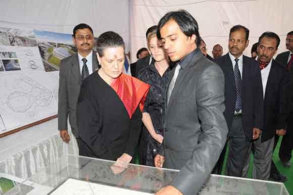 Presentation to Mrs Sonia Gandhi