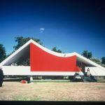 Serpentine Gallery Pavilion 2003 Designed by Oscar Niemeyer Photo © 2007 Richard Bryant