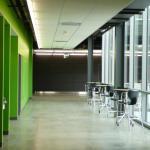 Interior Green Wall Corridor (Images Courtesy Barbara Karant / Karant + Associates, Inc.)