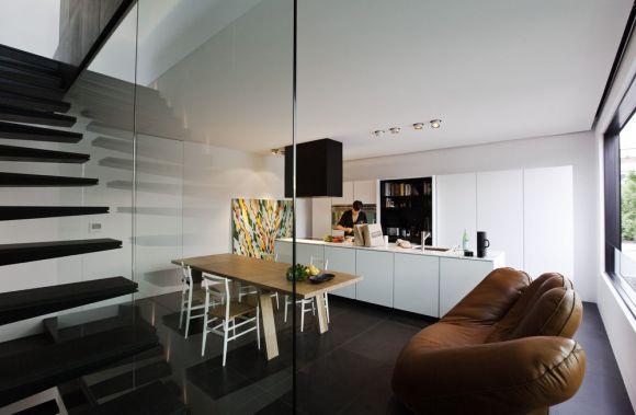 Kitchen (Images Courtesy Trevor Mein)