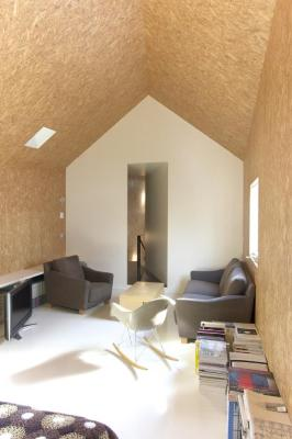 Interior View (Images Courtesy Hidehiro Fukuda architects)