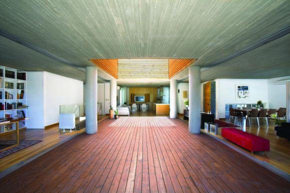 Interior View (Images Courtesy Christos Papantoniou)