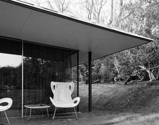 Capel Manor House Guest Pavilion
