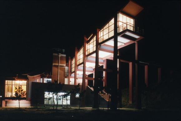 Night view of the southeast side, Image Courtesy © Pu Miao Architecture