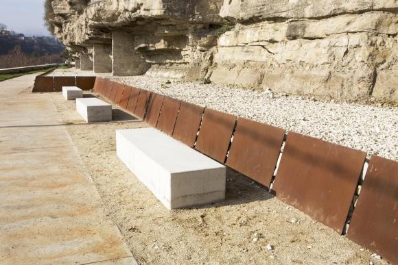 The Corten wall, Image Courtesy © Francesc Rubí