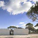 Image Courtesy © FG + SG – Fernando Guerra + Sérgio Guerra – Fotografia de arquitectura