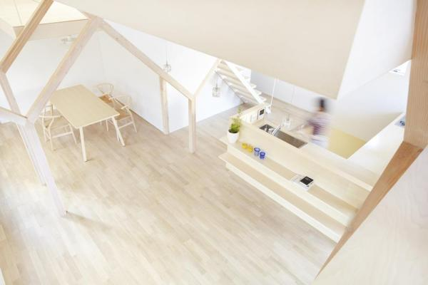 Looking down kitchen from bed room 2.,Image Courtesy © Fumihiko Ikemoto