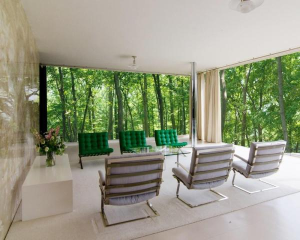 Ludwig Mies van der Rohe'sTugendhat Villa as experienced on the property., Image Courtesy ©  REX