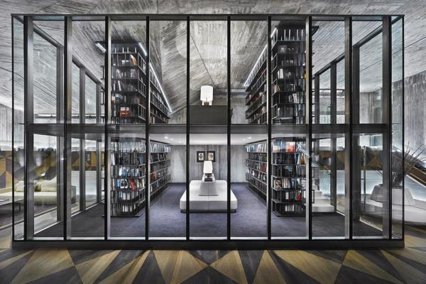 LIBRARY AT THE CLUBHOUSE LOUNGE, Image Courtesy © Autoban
