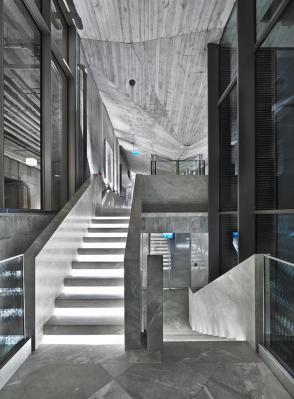 STAIRS TO THE POOL, SPA ROOMS, FITNESS AND CARDIO AREAS, Image Courtesy © Autoban