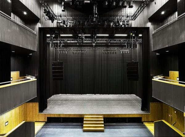 The stage of the main hall as seen from the first floor balcony, Image Courtesy ©  Petra Appelhof
