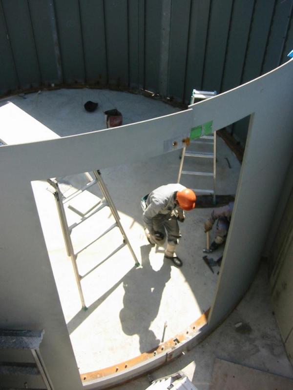 underconstruction steel work, Image Courtesy © Makoto yokomizo