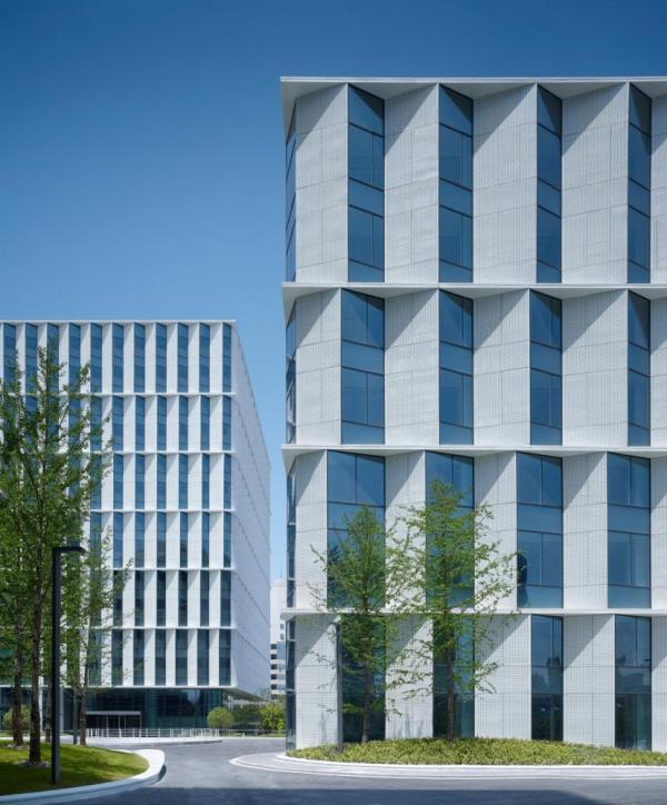 facades with parametric design, Image Courtesy © Christian Gahl