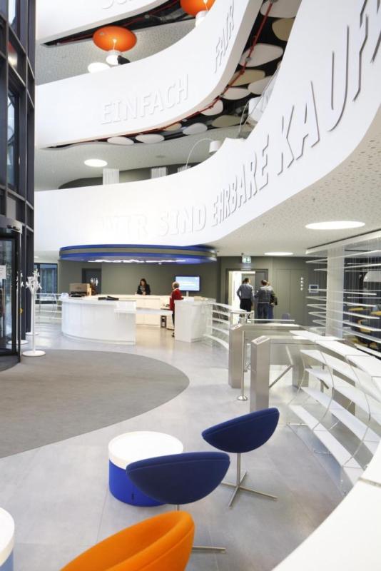 Ground Floor_Atrium_Reception, Image Courtesy © Thomas Beyerlein