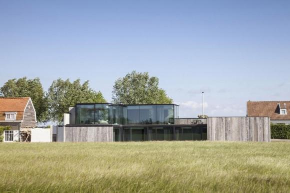 Image Courtesy © Govaert & Vanhoutte Architects