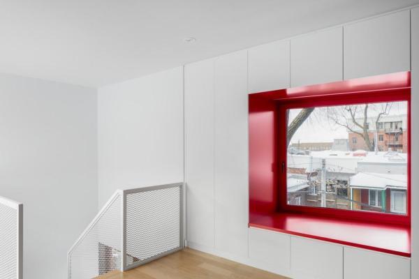Master bedroom (mezzanine), Image Courtesy © Adrien Williams