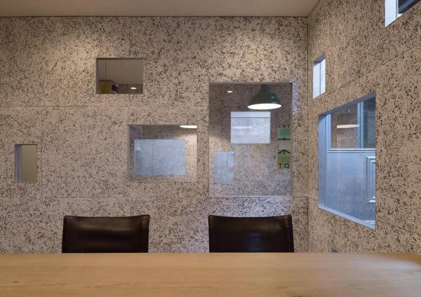 See the president room from the meeting room, Image Courtesy © Yasutake Kondo