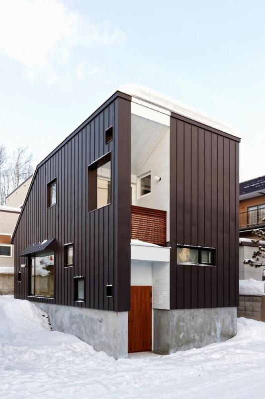 Image Courtesy © Yosuke Tomiya Architectural Design