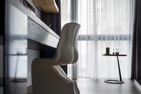 Image Courtesy © CHI-TORCH Interior Design