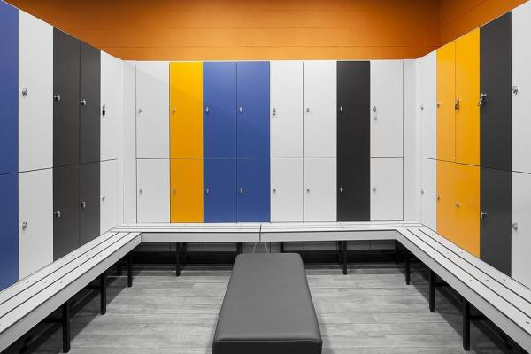 Men Lockers and dressing area, Image Courtesy © Invisible Gentleman