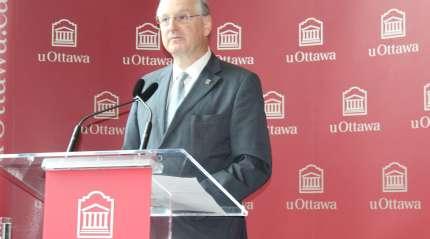 Le recteur de l'Université d'Ottawa, Jacques Frémont. Archives