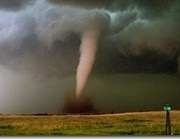 2576_tornado-intercept-twister-sisters-2_05320299_thumb.jpg
