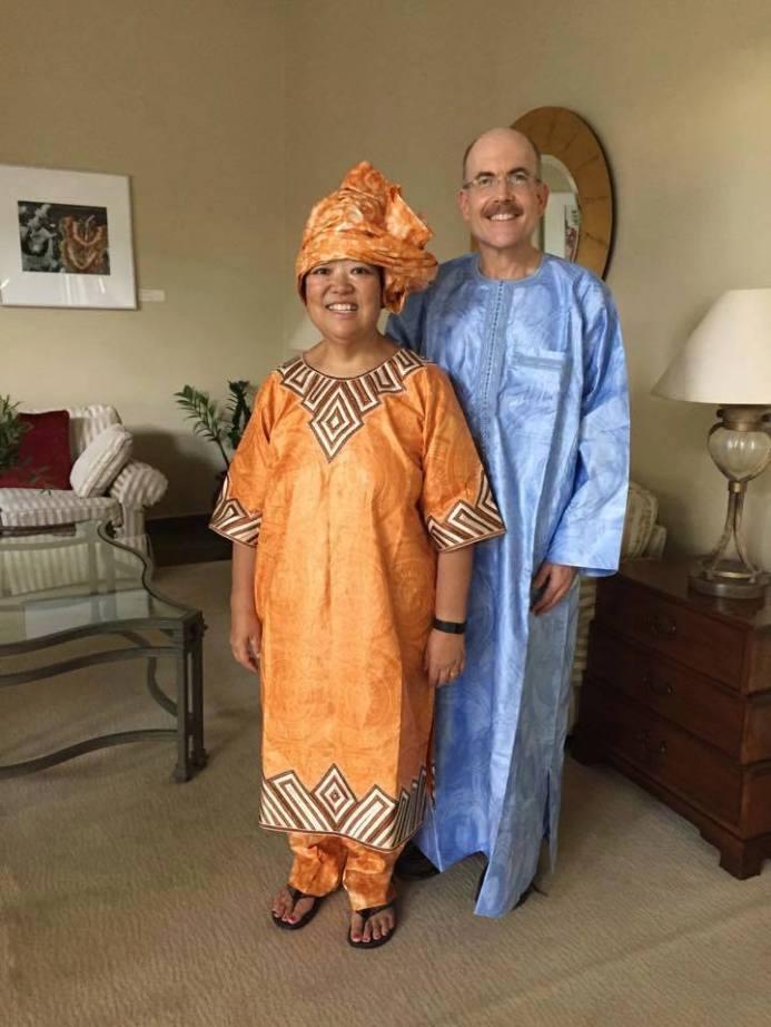 ambassade etats unis au senegal avec sa femme