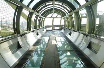 舞子海上プロムナード|明石海峡大橋を見る・行く